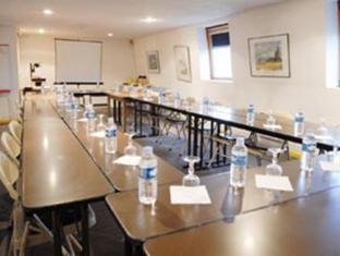Hotel du Golf Coignieres - Meeting Room
