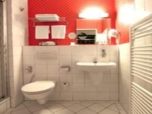 Gruenau Hotel Берлін - Ванна кімната