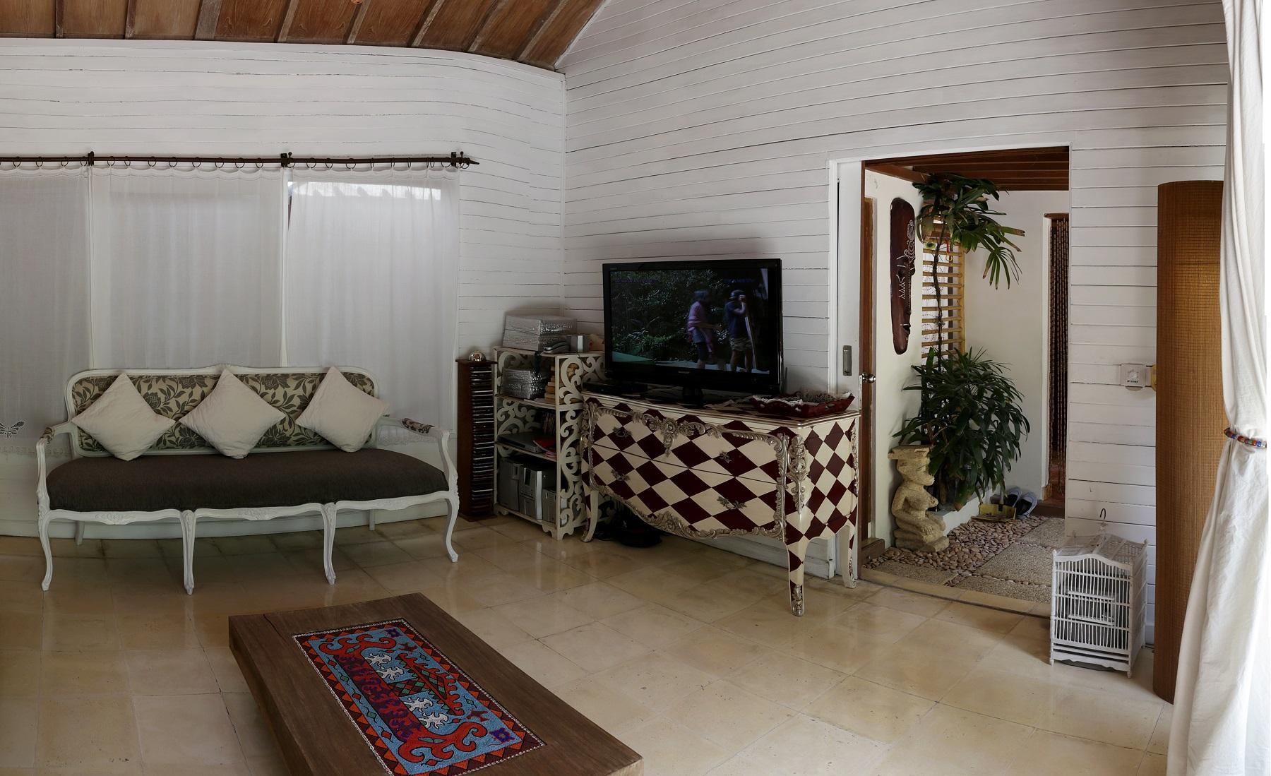 Flora Villa Seminyak managed by Fabsway