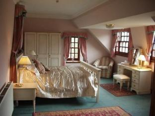 Glenspean Lodge Hotel Roybridge - Guest Room