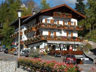 Hotel Villa Neve