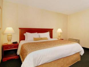 Best PayPal Hotel in ➦ Brampton (ON): Comfort Inn Hotel Brampton