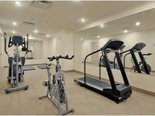 Super 8 Downtown Toronto Hotel Toronto (ON) - Fitness Room