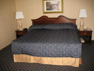 Monte Carlo Inn Vaughan Suites Vaughan (ON) - Guest Room