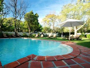 Summerwood Guesthouse Stellenbosch - Swimming Pool