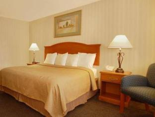 Best PayPal Hotel in ➦ Raynham (MA):
