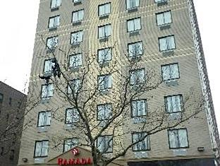 Ramada Queens New York (NY) - Exterior