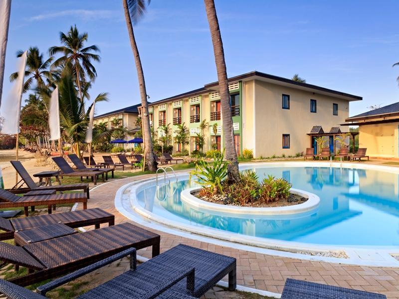 Microtel inn suites by wyndham puerto princesa puerto - Hotel in puerto princesa with swimming pool ...