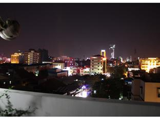 Aqua Boutique Guesthouse Phnom Penh - Northern View Night Sky Bar
