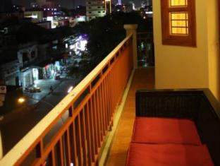 Aqua Boutique Guesthouse Phnom Penh - Balcony/Terrace