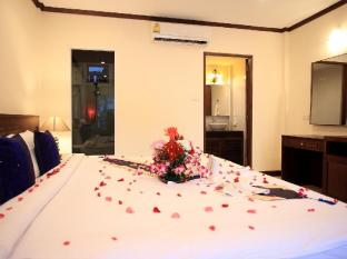 Andaman Seaside Resort Phuket - Guest Room