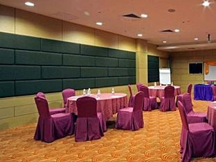 Courtyard Hotel Kota Kinabalu - Meeting Room