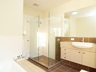 Airlie Summit Apartments Whitsunday Islands - Bathrom