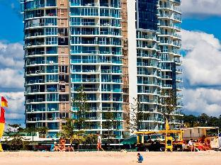 Review Reflection Tower Two Apartments Gold Coast AU