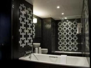 The Fitzwilliam Hotel Belfast Belfast - Bathroom
