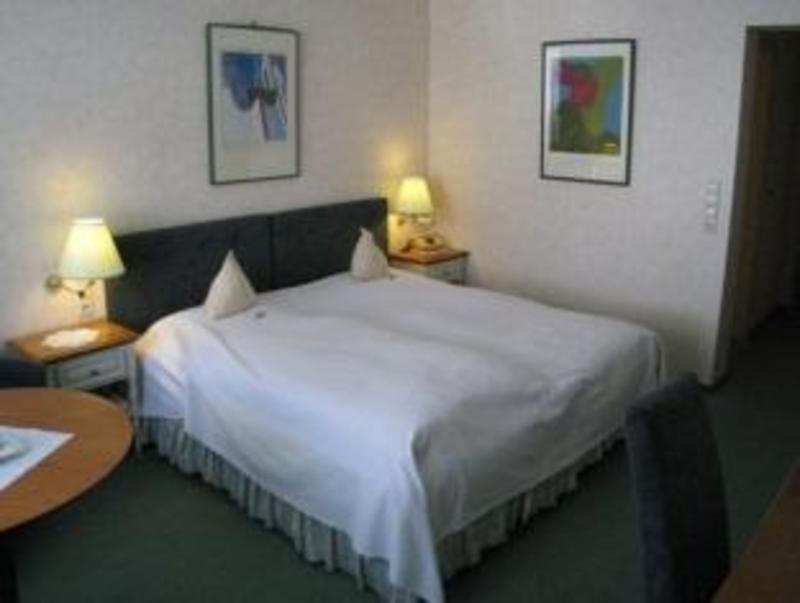 Best PayPal Hotel in ➦ Heiligenberg: