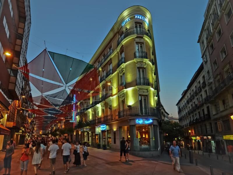 Hotel Preciados Madrid Spain