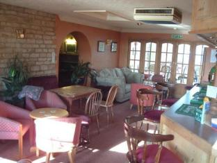The Oak Inn Hotel Stamford - Interior