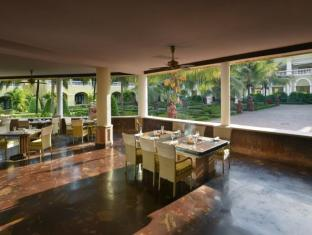 The LaLiT Golf & Spa Resort Goa South Goa - Restaurant