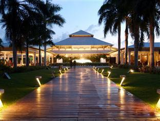 Catalonia Punta Cana Hotel in ➦ Punta Cana ➦ accepts PayPal.