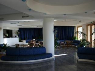 Hotel Scoglio Del Leone Zambrone - Lobby