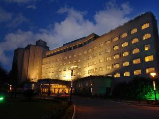 Booking Now ! The Lalit Ashok Bangalore Hotel