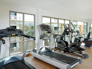 Kata Sea Breeze Resort Phuket - Fitness Room