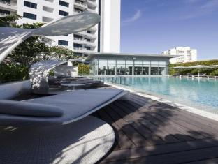Fraser Suites River Valley Singapore - Swimming Pool
