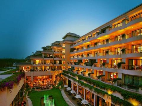 Hotels in Delhi for Couples to Indulge in a Dreamy Getaway