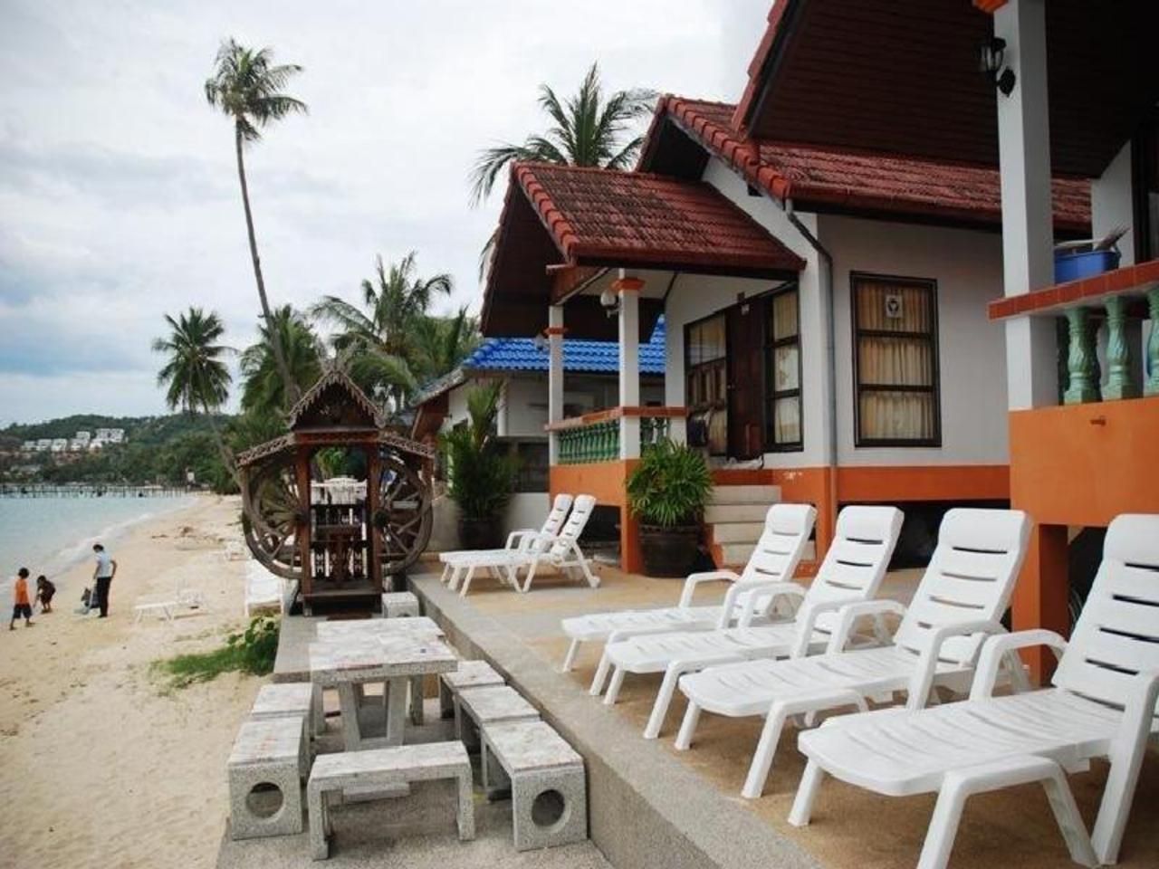 กินรี รีสอร์ท (Kinnaree Resort)