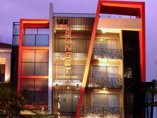 100 Sunset Boutique Hotel - Managed by Aston