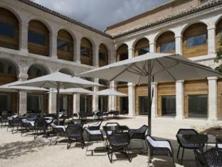 Best guest rating in Alcala de Henares ➦ El Bedel Hotel takes PayPal