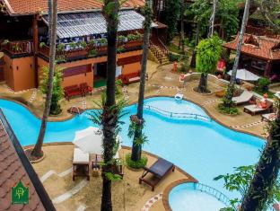 Royal Phawadee Village Patong Beach Hotel Phuket - Swimming Pool