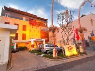 โรงแรมทูนคูตาบาหลี บาหลี - ทางเข้า