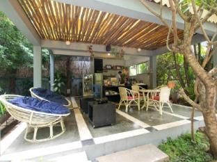 Frangipani Villa-60s Hotel Phnom Penh - Executive Lounge