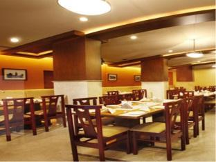 Central Tower Hotel Chennai - Restoran