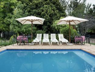 Rivierbos Guesthouse Stellenbosch - Swimming Pool