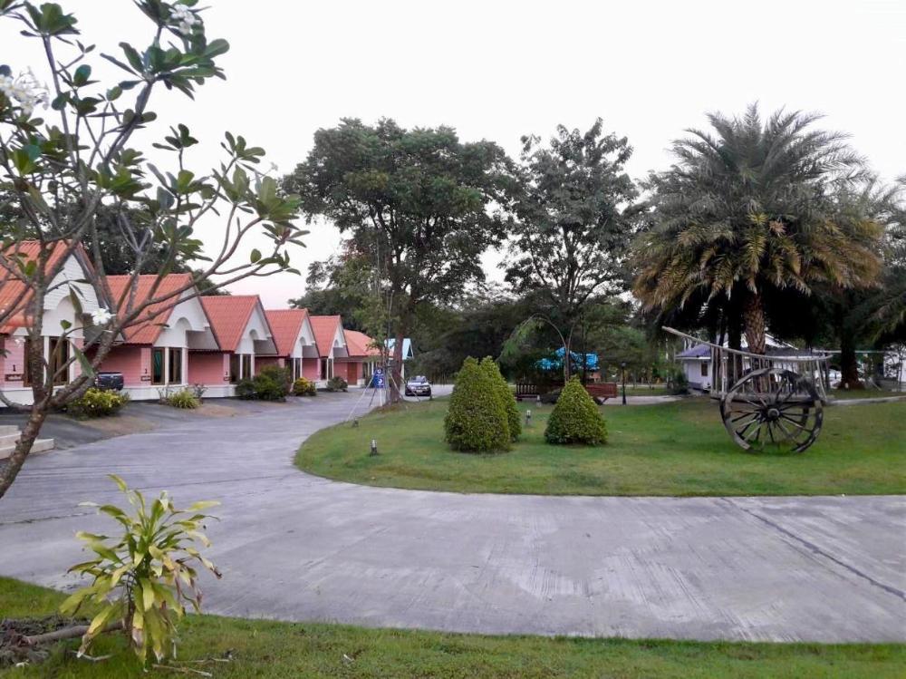Maingam Resort Uthaitani