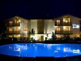 4 Limoni Apartment Resort