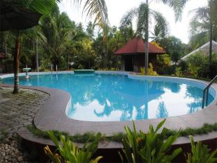 Hof Gorei Beach Resort Davao City - Piscina