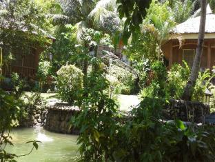 Hof Gorei Beach Resort Davao City - Tuin