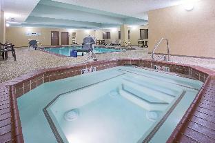 Holiday Inn Express Hotel &