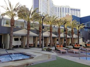 Elara - A Hilton Grand Vacations Hotel Center Strip Las Vegas (NV) - Cabanas