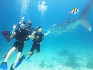 Rayaburi Resort Phuket - Scuba Diving