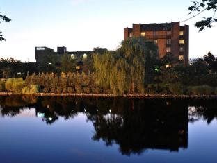 Hilton Hotel in ➦ Parsippany (NJ) ➦ accepts PayPal