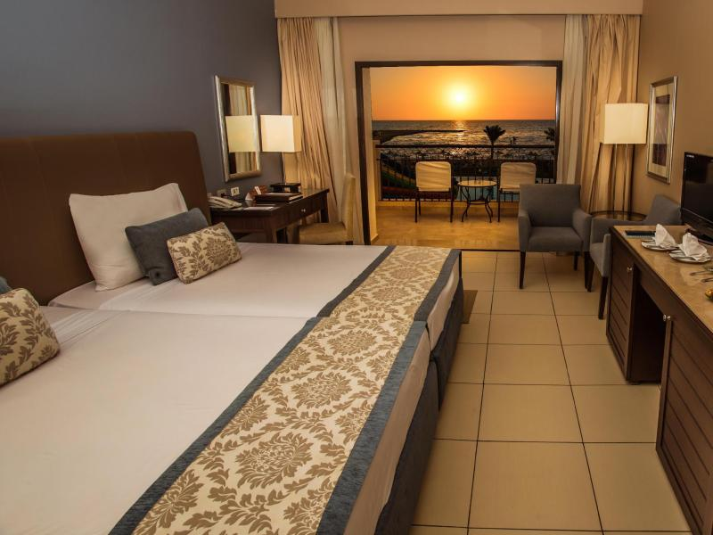 Superior Room Twin Bed Sea View