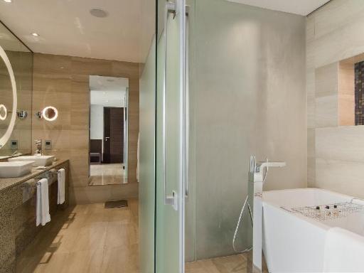 Fairmont Bab Al Bahr PayPal Hotel Abu Dhabi