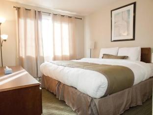 Beausejour Apartments - Hotel Dorval Dorval (QC) - Guest Room