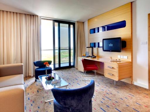 ➦  Carlson Rezidor Hotel Group    (Abu Dhabi) customer rating