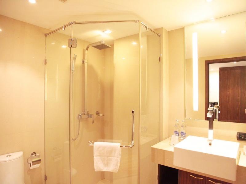 โรงแรมโนวาโกลด์
